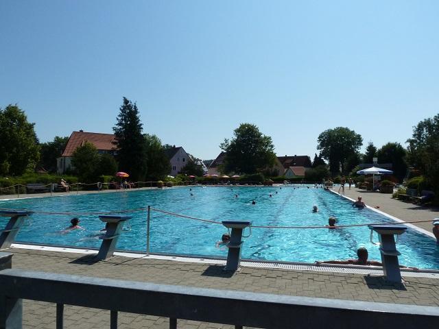 50-Meter-Schwimmbecken im Freibad Kaufbeuren