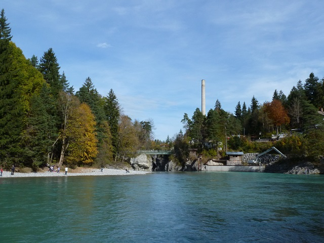 Auwaldpfad-Blick-auf-Lechfall
