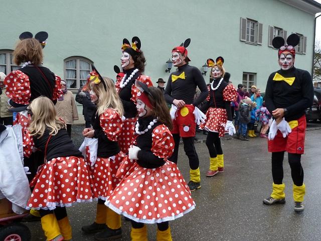 Faschingsumzug Obergünzburg-Mickeymäuse