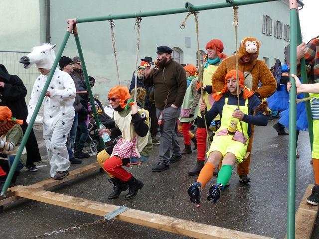 Pippi und Herr Nilsson auf dem Faschingsumzug Obergünzburg 2015