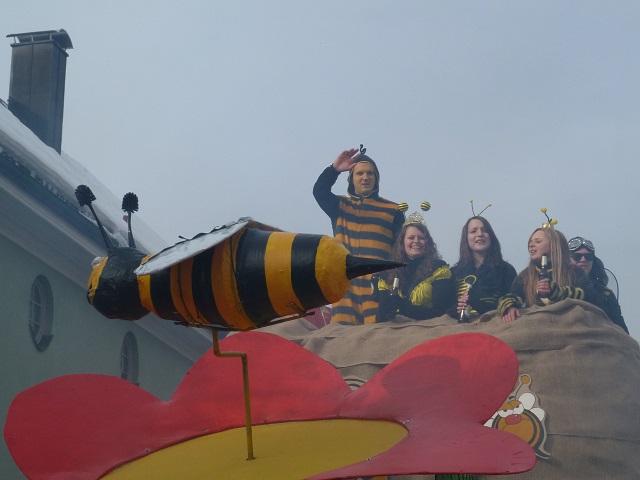 Flotte Bienen im Fasching