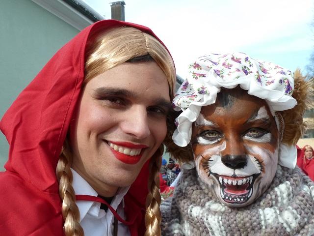 Rotkäppchen und sein Wolf