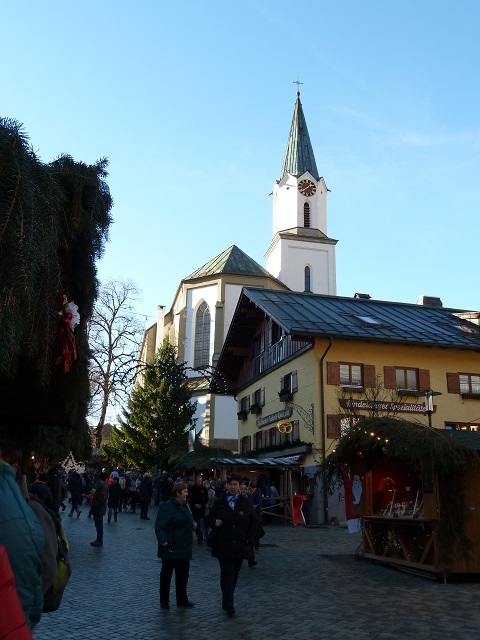 auf dem Erlebnis-Weihnachtsmarkt in Bad Hindelang