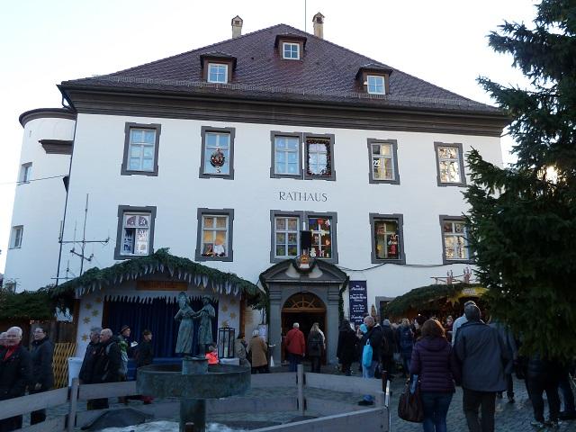 weihnachtsmarkt-hindelang-rathaus