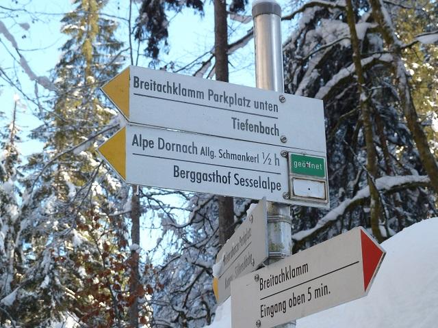 Wegweiser zur Alpe Dornach