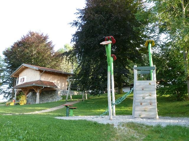 Bienenspielplatz Seeg - Klettergerüst