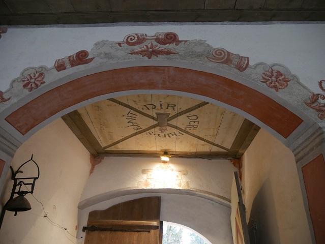 Deckengemälde am Eingang zum Renaissanceschloss Kronburg im Illerwinkel