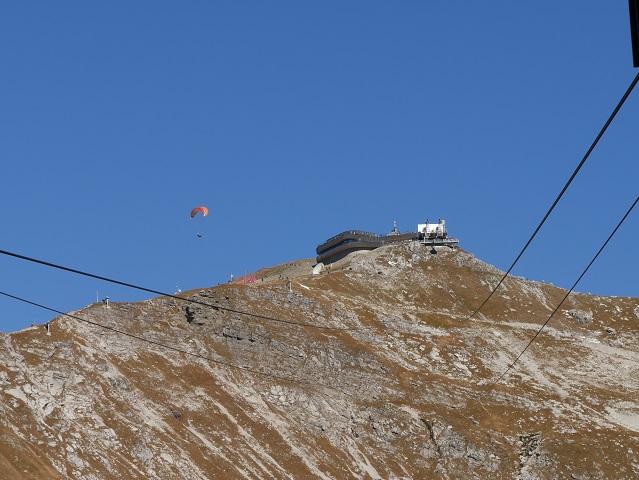 Nebelhorn-Gipfelstation mit Drachenflieger