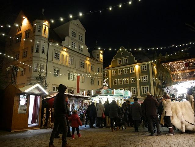 abends auf dem Kemptener Weihnachtsmarkt