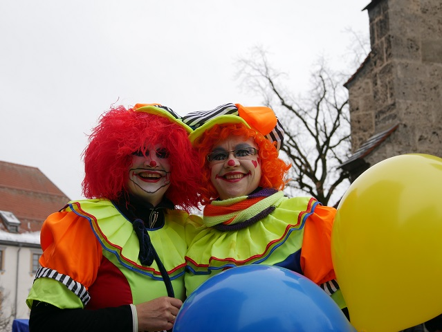 Clownpaar auf dem Faschingsumzug Obergünzburg 2018