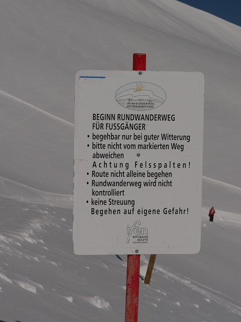 Winterwanderung am Hohen Ifen - Schild am Beginn des Rundwanderwegs