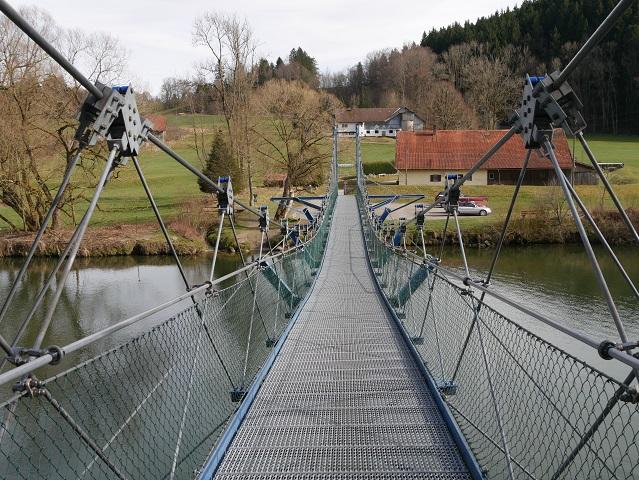 Hängebrücke über die Iller bei Fischers
