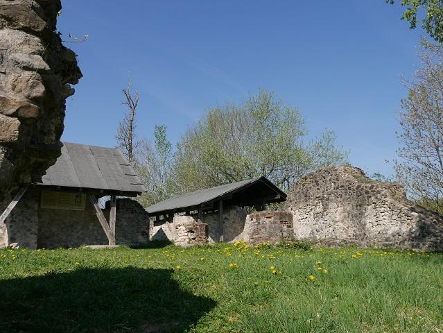 In der Burgruine Wolkenberg