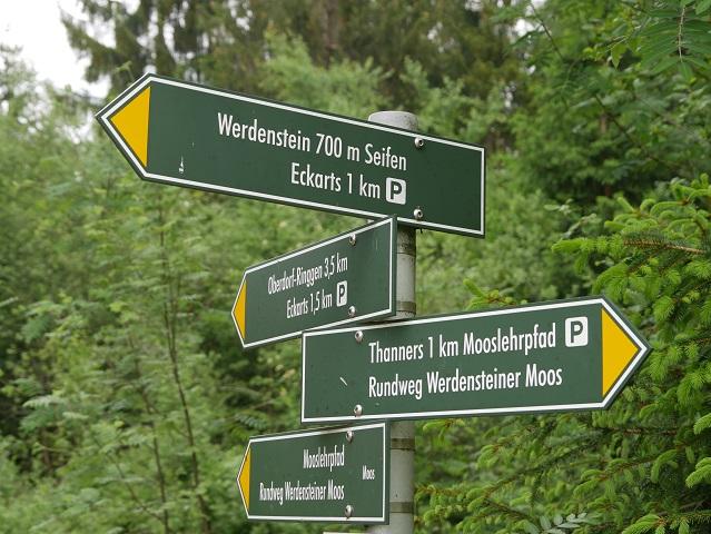 Hinweisschild nach Werdenstein