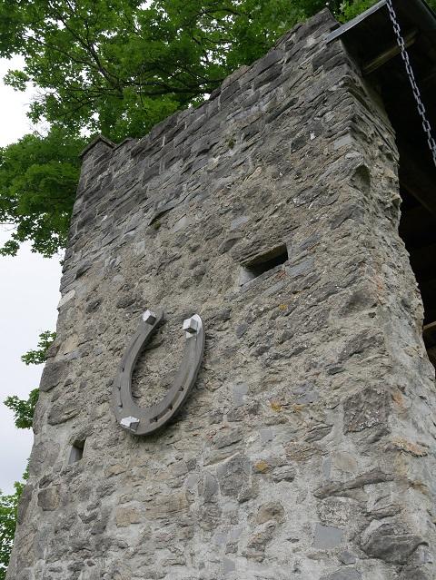 Hufeisen an der Burgruine Werdenstein
