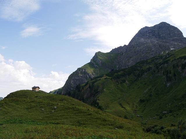 Hütte vor dem Gipfel des großen Widderstein