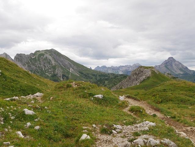 Weg von der Widdersteinhütte zur Alpwirtschaft Obergemstel
