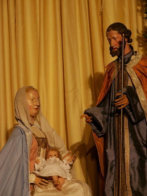 Die Heilige Familie in der barocken Großkrippe in Mindelheim