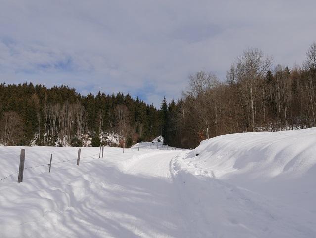 Winterwanderweg bei Altstädten im Allgäu