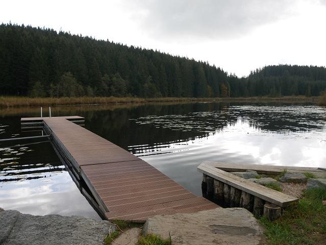 Badesteg im Faulensee