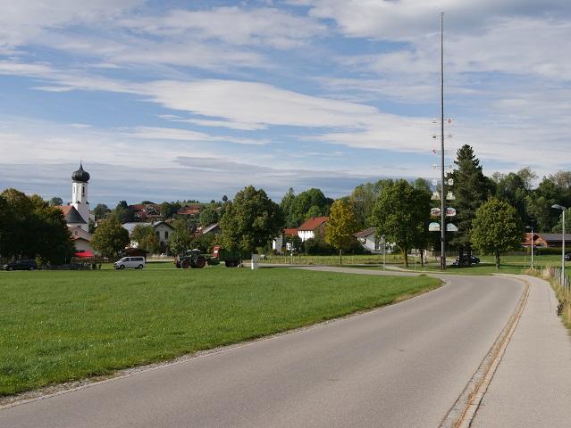 Blick auf Bayerniederhofen