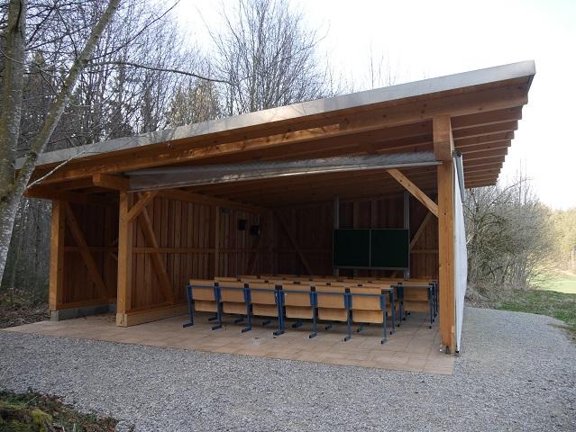 Freiluftklassenzimmer im Königsberger Forst