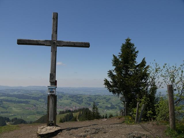 Das Gipfelkreuz auf der Reuterwanne