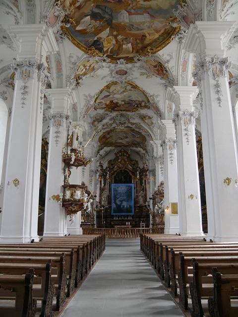 Innenraum der Isnyer Kirche St Georg und Jakobus