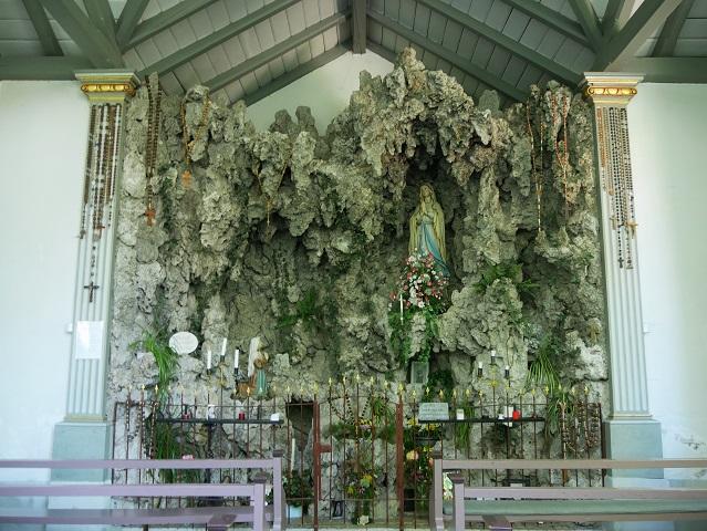 Lourdesgrotte am Eingang der Hausbachklamm