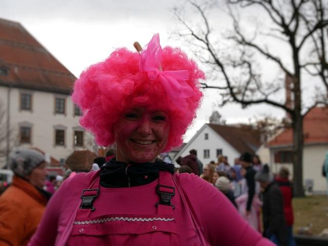 Pretty in Pink auf dem Faschingsumzug Obergünzburg 2020