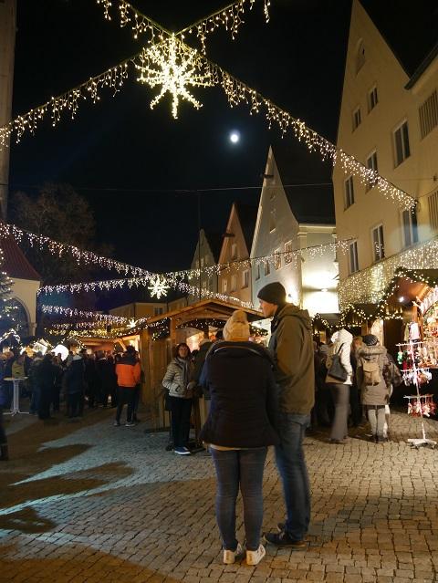 festliche Stimmung auf dem Weihnachtsmarkt Kaufbeuren