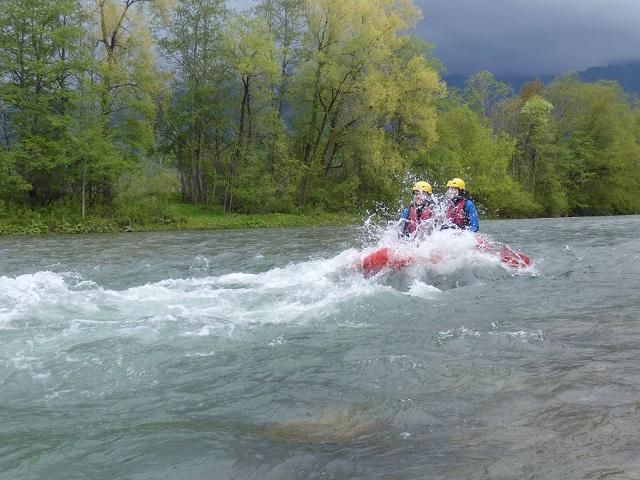 spritziges Vergnügen: Rafting auf der Iller im Allgäu