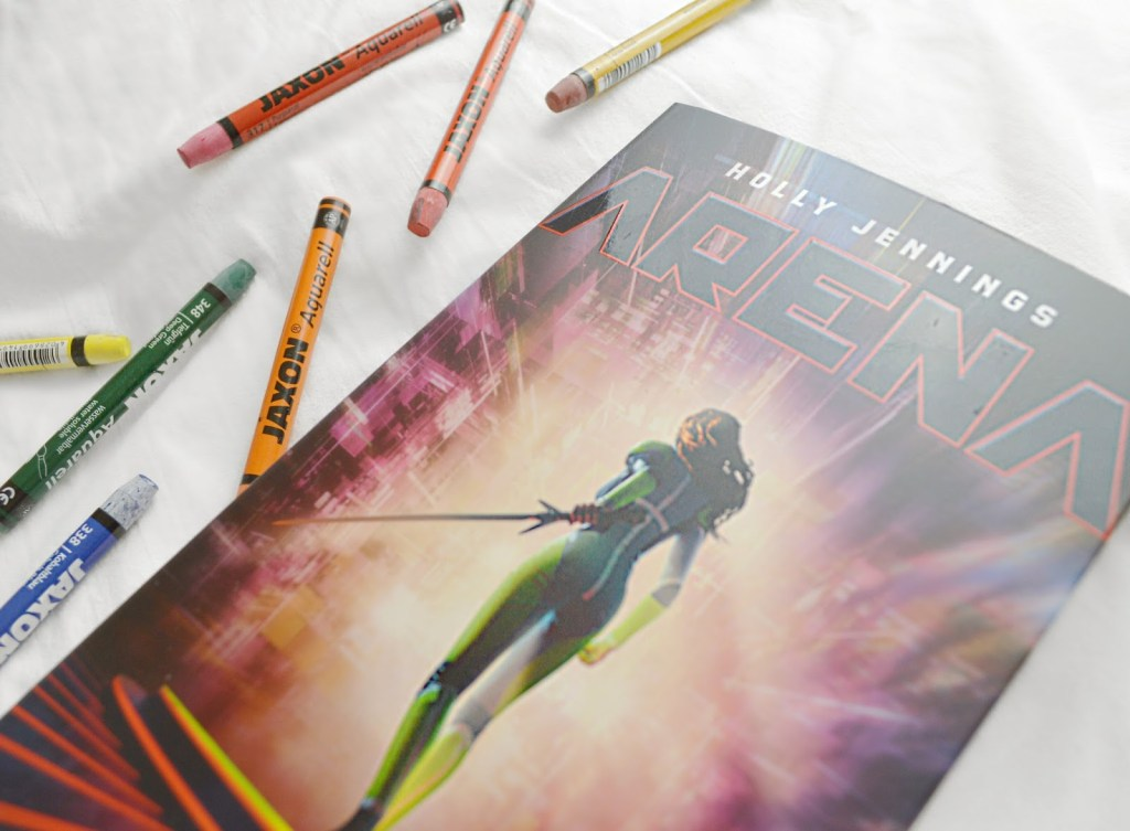 Rezension zu Arena von Holly Jennings