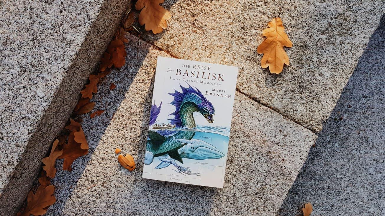 Rezension | Die Reise der Basiliks (Lady Trents Memoiren 3) von Marie Brennan