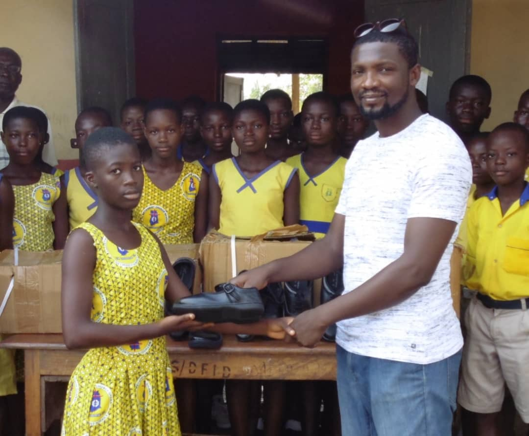 Kobina Sam Donates Pairs Of Shoes To Pupils In The Central Region