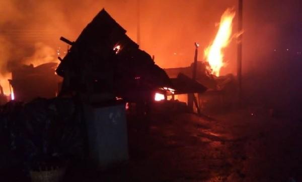 Fire Destroys 12 Shops At Akweteman