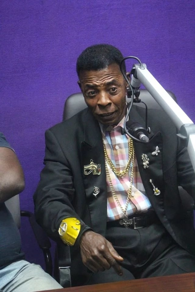 Veteran Ghanaian actor, Ajos has made a shocking statement/revelation about his experience with an aeroplane.