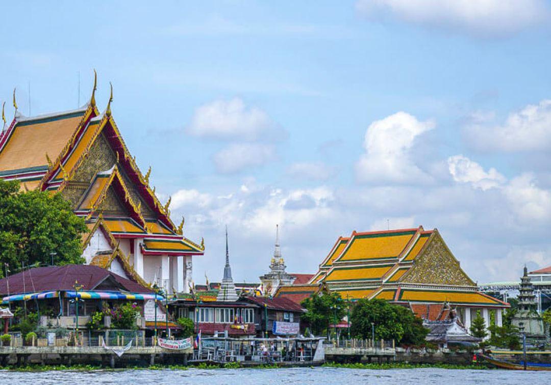 Chao Phraya Temple   Bangkok Thailand