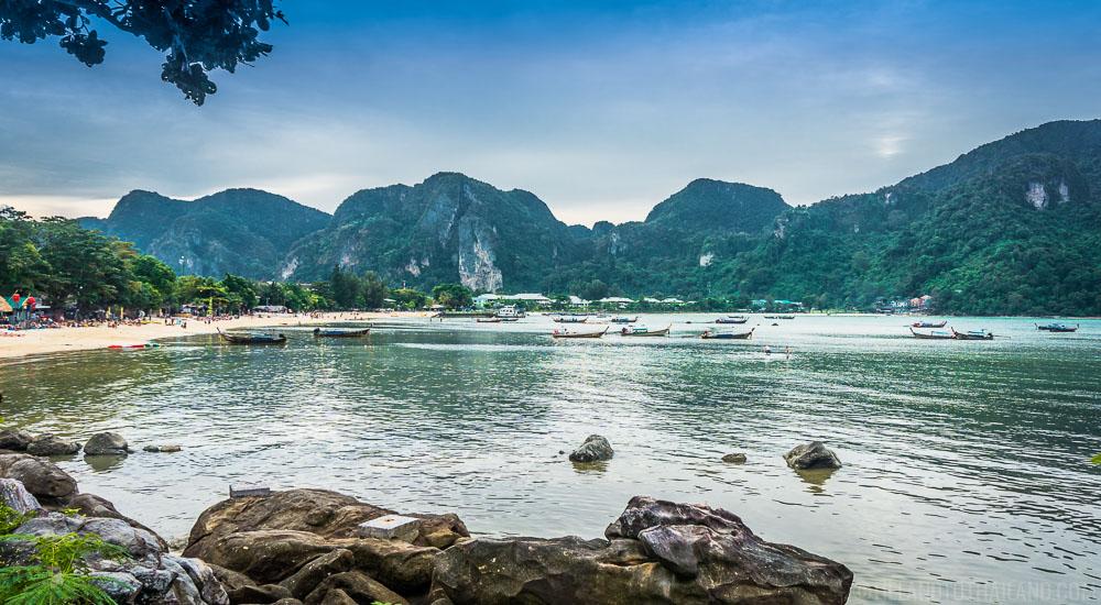 Loh Dalum Bay Beach | Koh Phi Phi