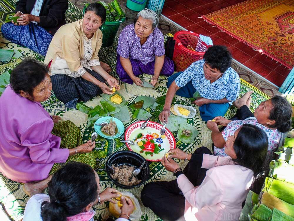 Making Kanom Tien in Dansai Loei