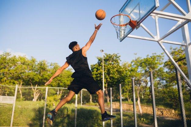 Cómo elegir una canasta de baloncesto