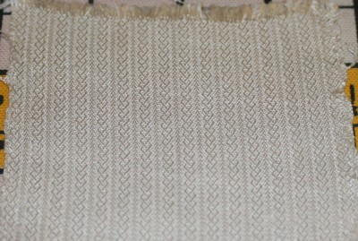 Celtic braid pattern woven in 60/2 silk, photo taken with flash
