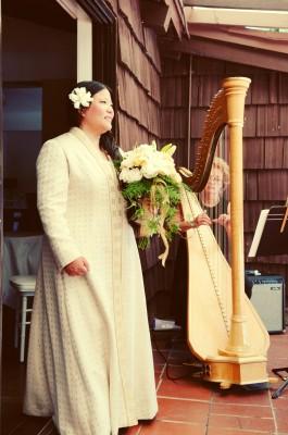 tien with harp