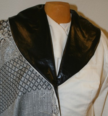 jacket muslin, with a diamond pattern