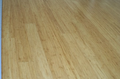 stranded bamboo flooring, viewed lengthwise