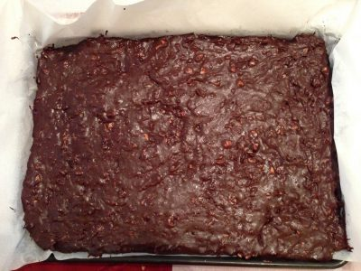 chocolate macadamia fudge, finished