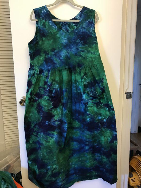 tie-dyed sleeveless dress