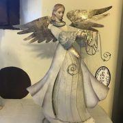 angel artistico blanco y plateado