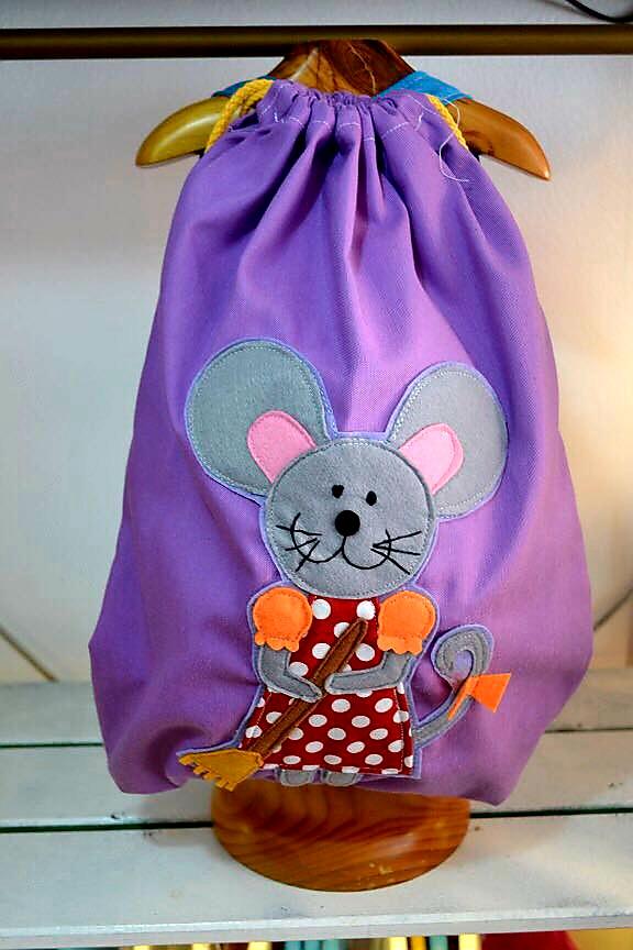 mochila infantil de la ratita presumida