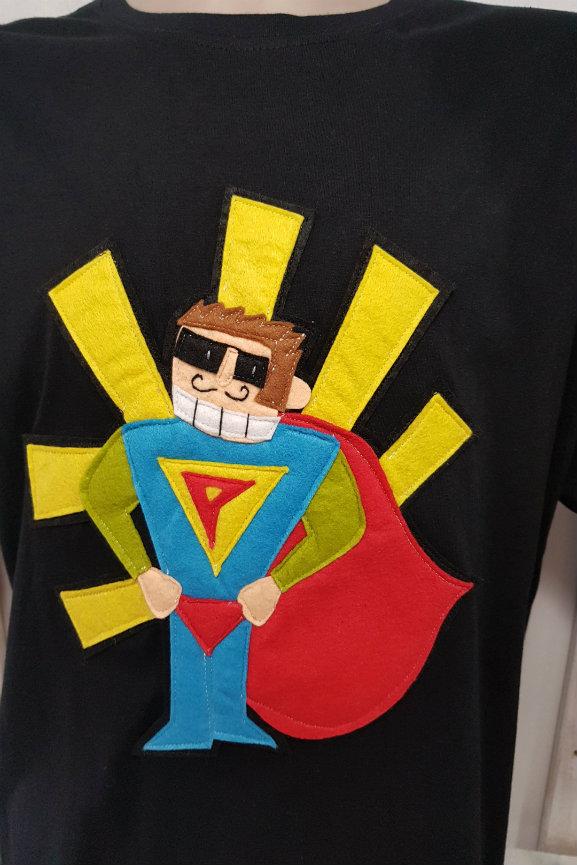 2711f5f9393d5 Camiseta Superpapa